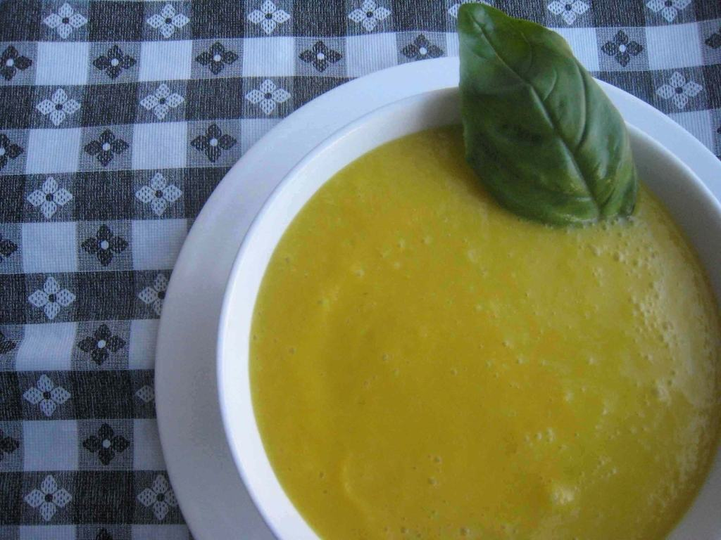 Chilled Cantaloupe Soup - Prepgreen