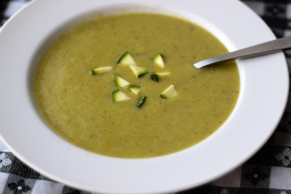 Cold Zucchini Potato Soup (with a hint of lemon) - Prepgreen