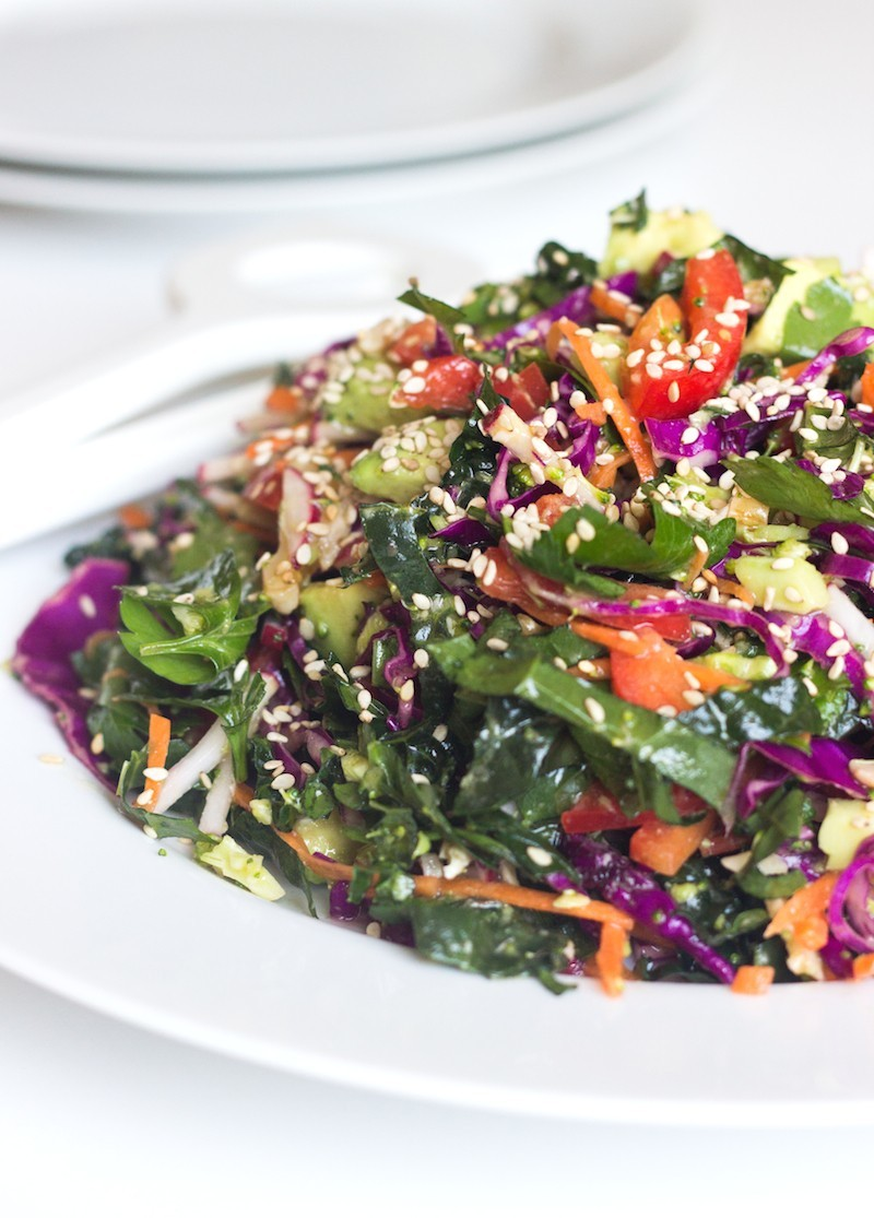 Detox Salad with Lemon Dressing - Homemade Levity